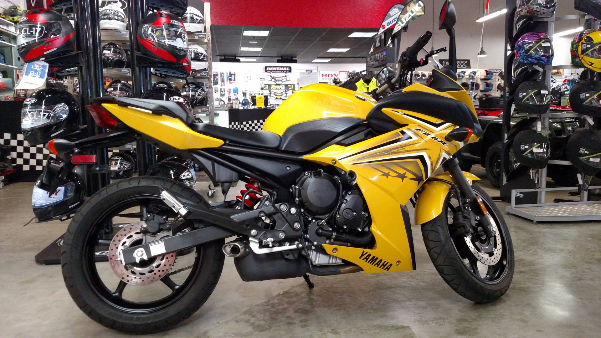 2009 Yamaha FZ6R in Fremont, California