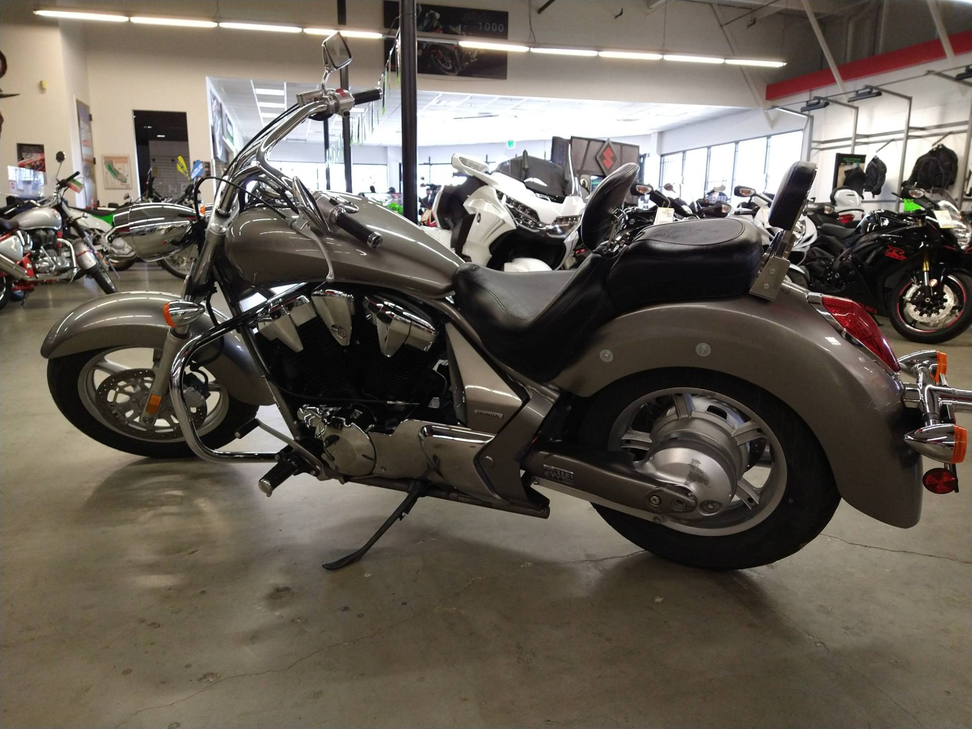 2012 Honda Stateline in Fremont, California - Photo 4