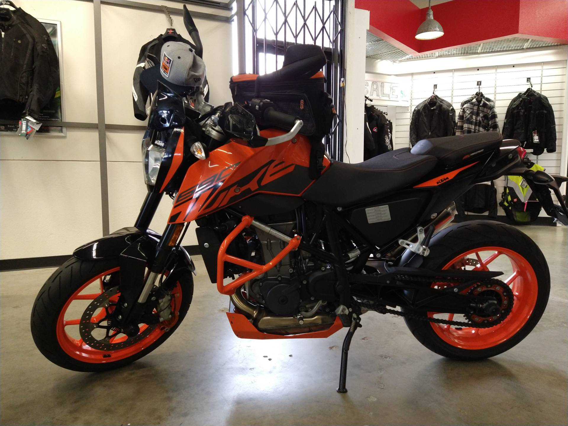 2018 KTM 690 Duke in Fremont, California - Photo 2