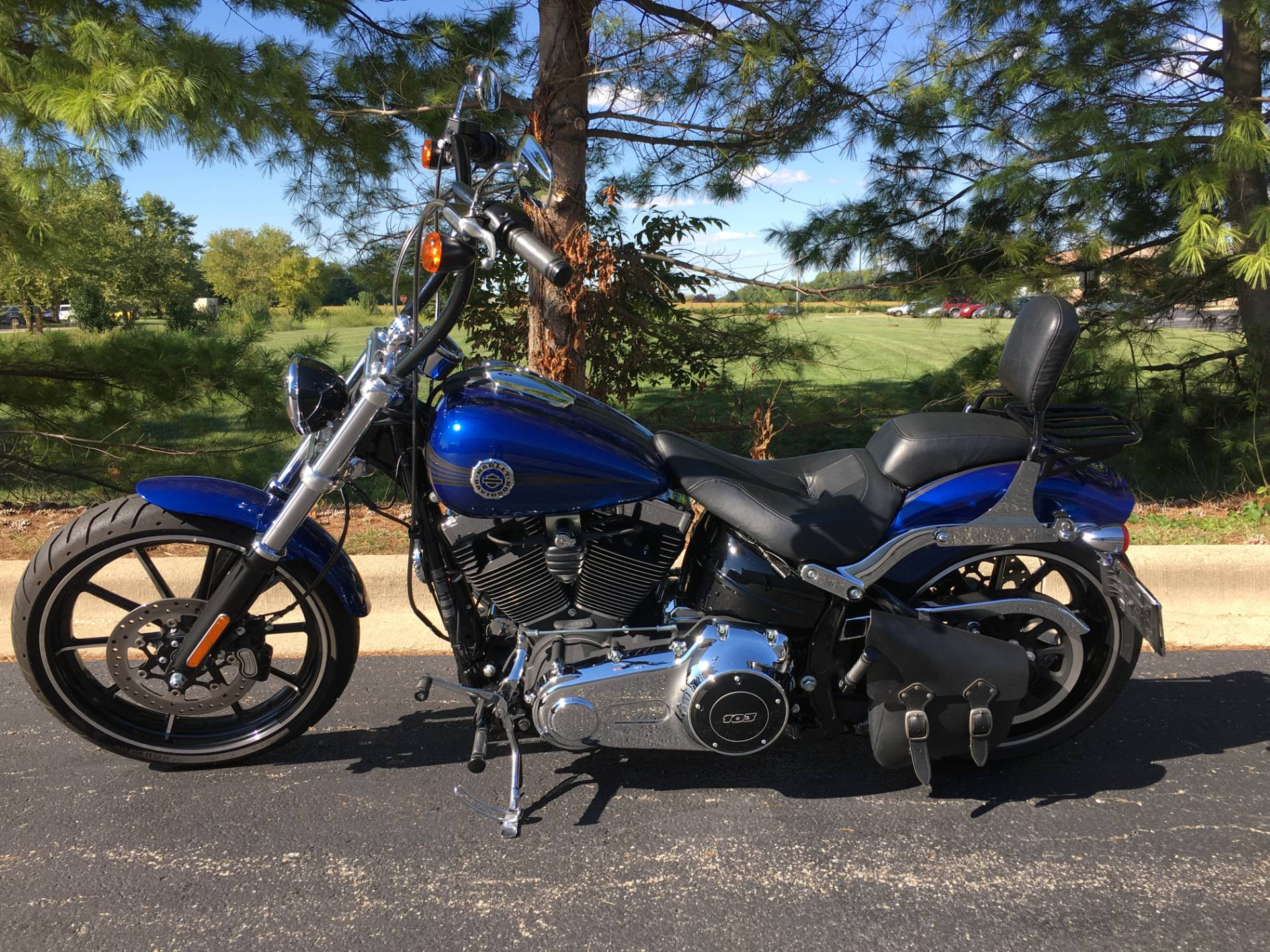 2015 Harley-Davidson Breakout in Forsyth, Illinois