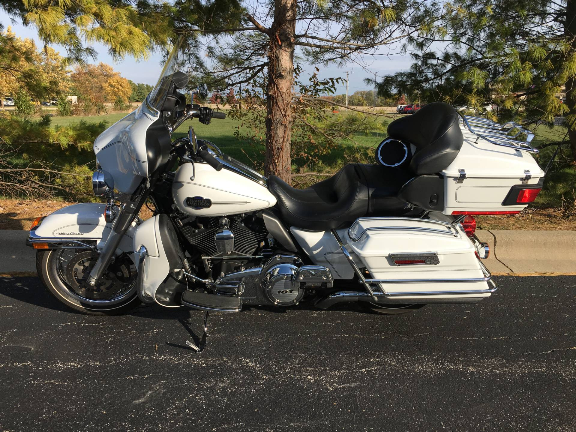 2012 Harley-Davidson Ultra Classic in Forsyth, Illinois - Photo 4