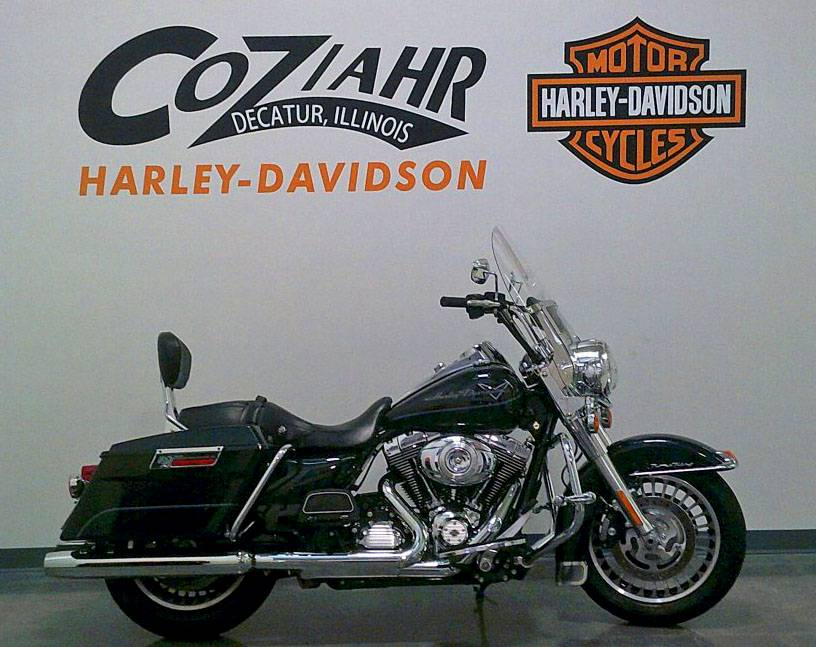 2012 Harley-Davidson Road King in Forsyth, Illinois