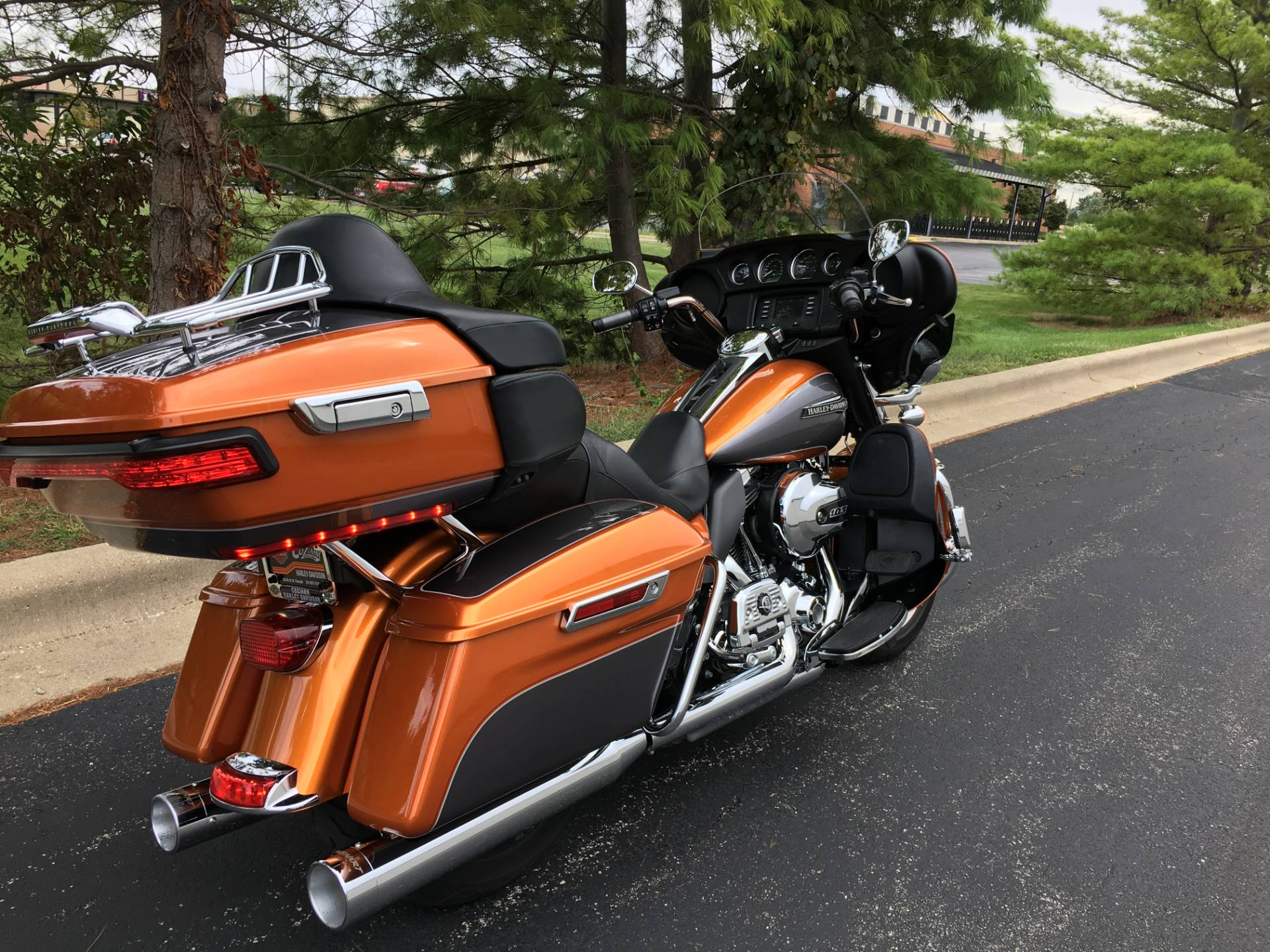 2015 Harley-Davidson Ultra Low in Forsyth, Illinois