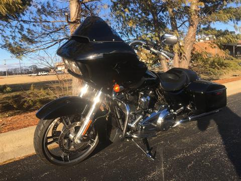 2017 Harley-Davidson Road Glide in Forsyth, Illinois - Photo 5