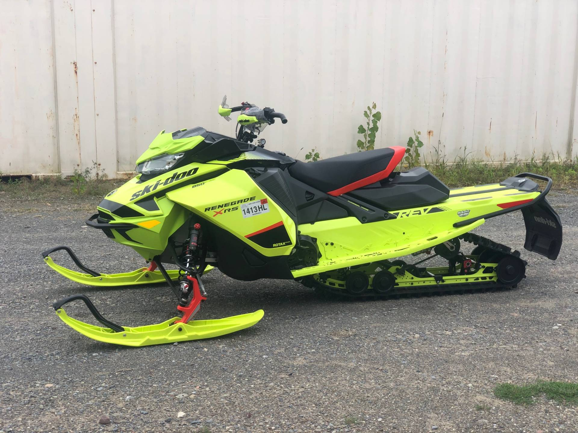2020 Ski-Doo Renegade X-RS 850 E-TEC ES Ice Ripper XT 1.5 REV Gen4 (Narrow) in Rome, New York - Photo 1