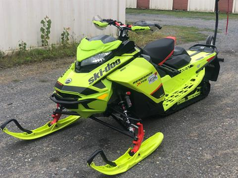 2020 Ski-Doo Renegade X-RS 850 E-TEC ES Ice Ripper XT 1.5 REV Gen4 (Narrow) in Rome, New York - Photo 2