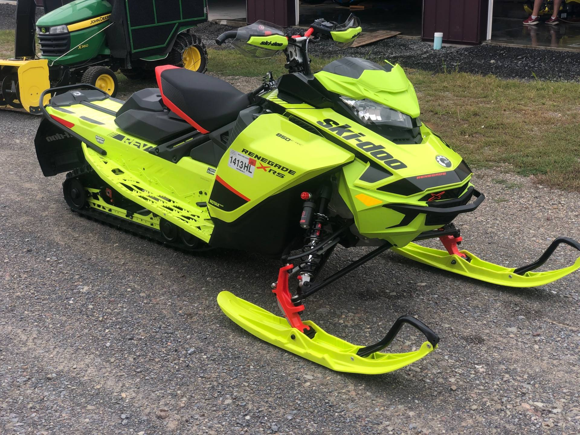 2020 Ski-Doo Renegade X-RS 850 E-TEC ES Ice Ripper XT 1.5 REV Gen4 (Narrow) in Rome, New York - Photo 3
