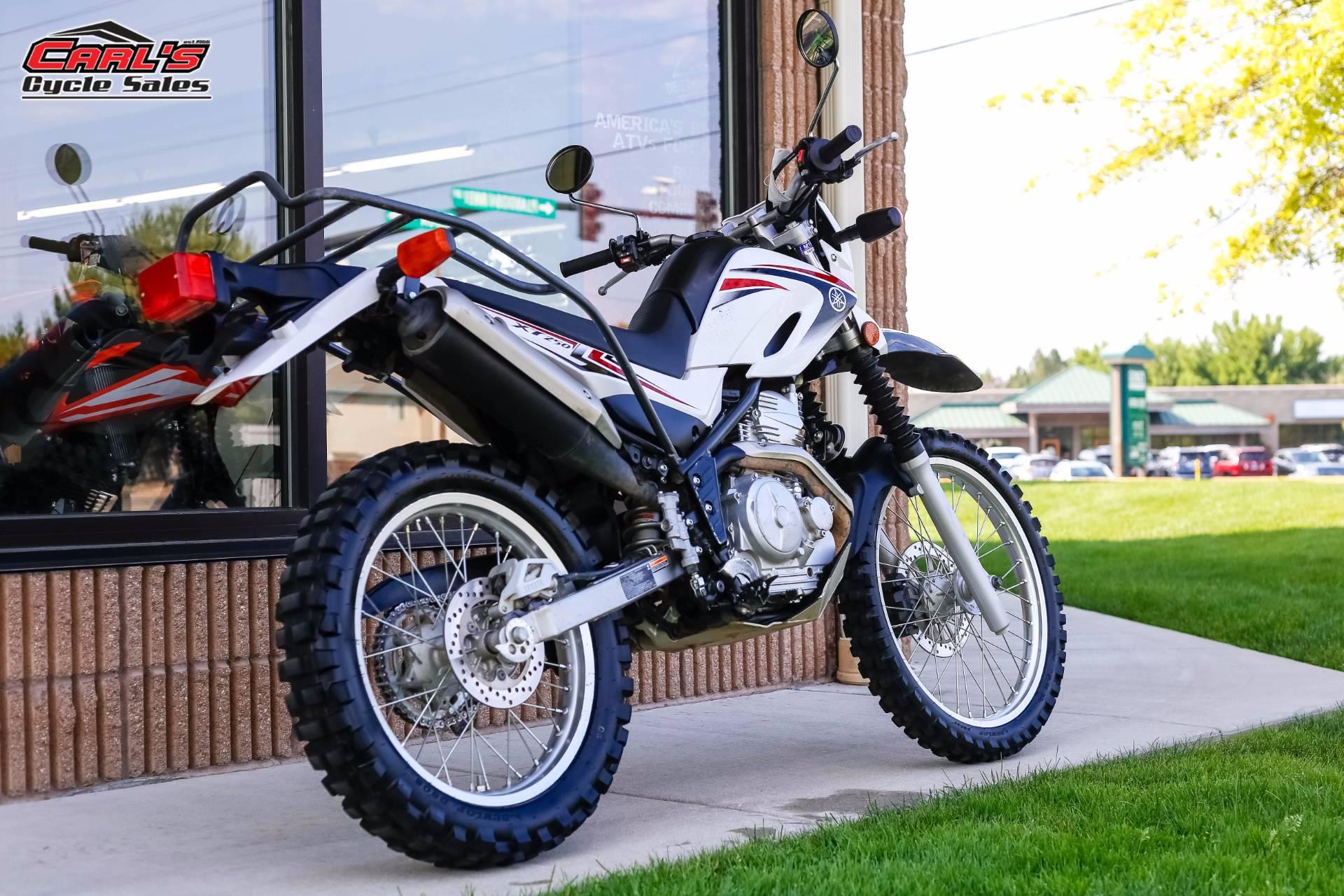 2010 Yamaha XT250 6