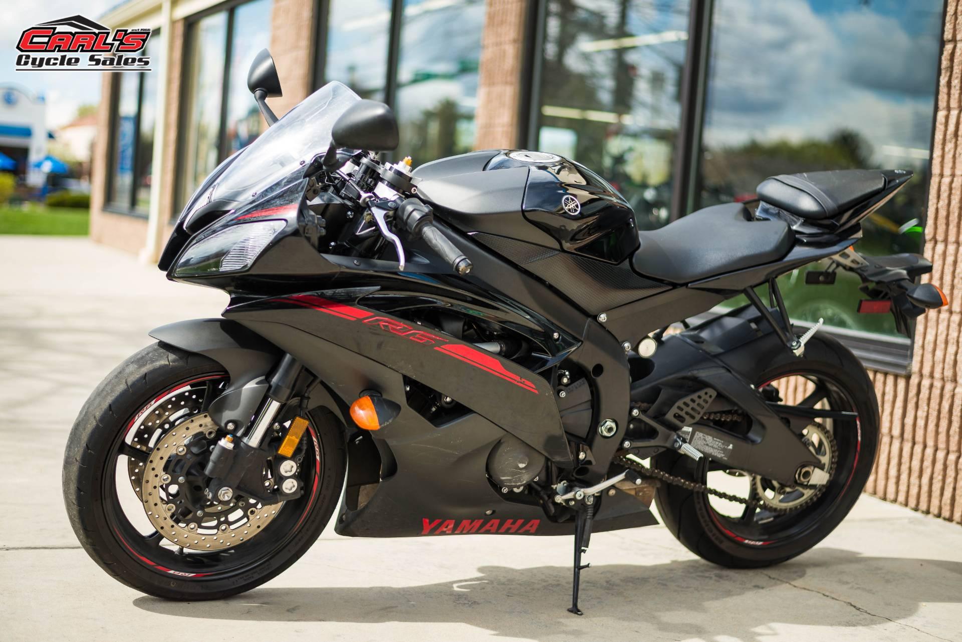 2015 Yamaha YZF-R6 3