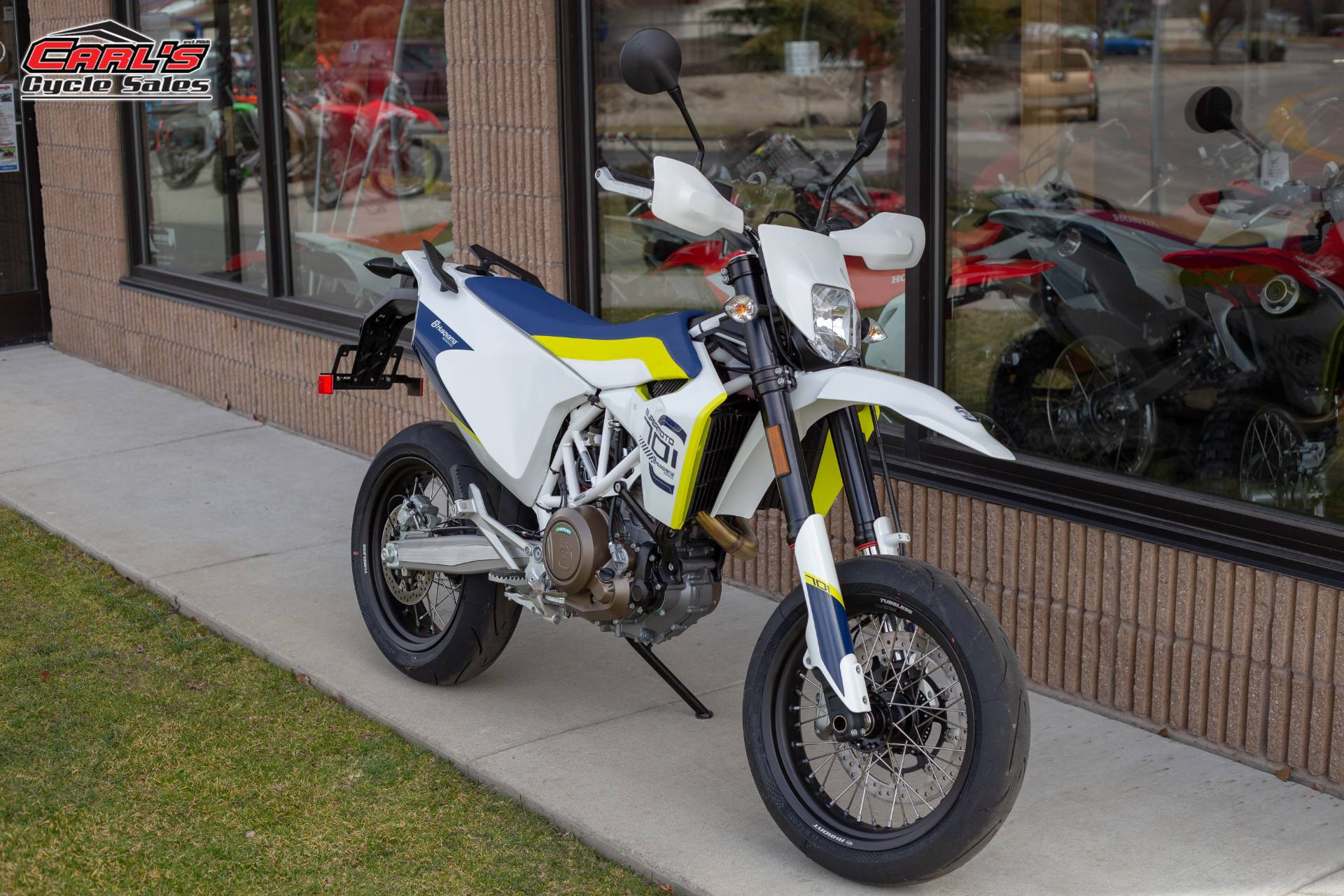 2019 Husqvarna 701 Supermoto in Boise, Idaho - Photo 8