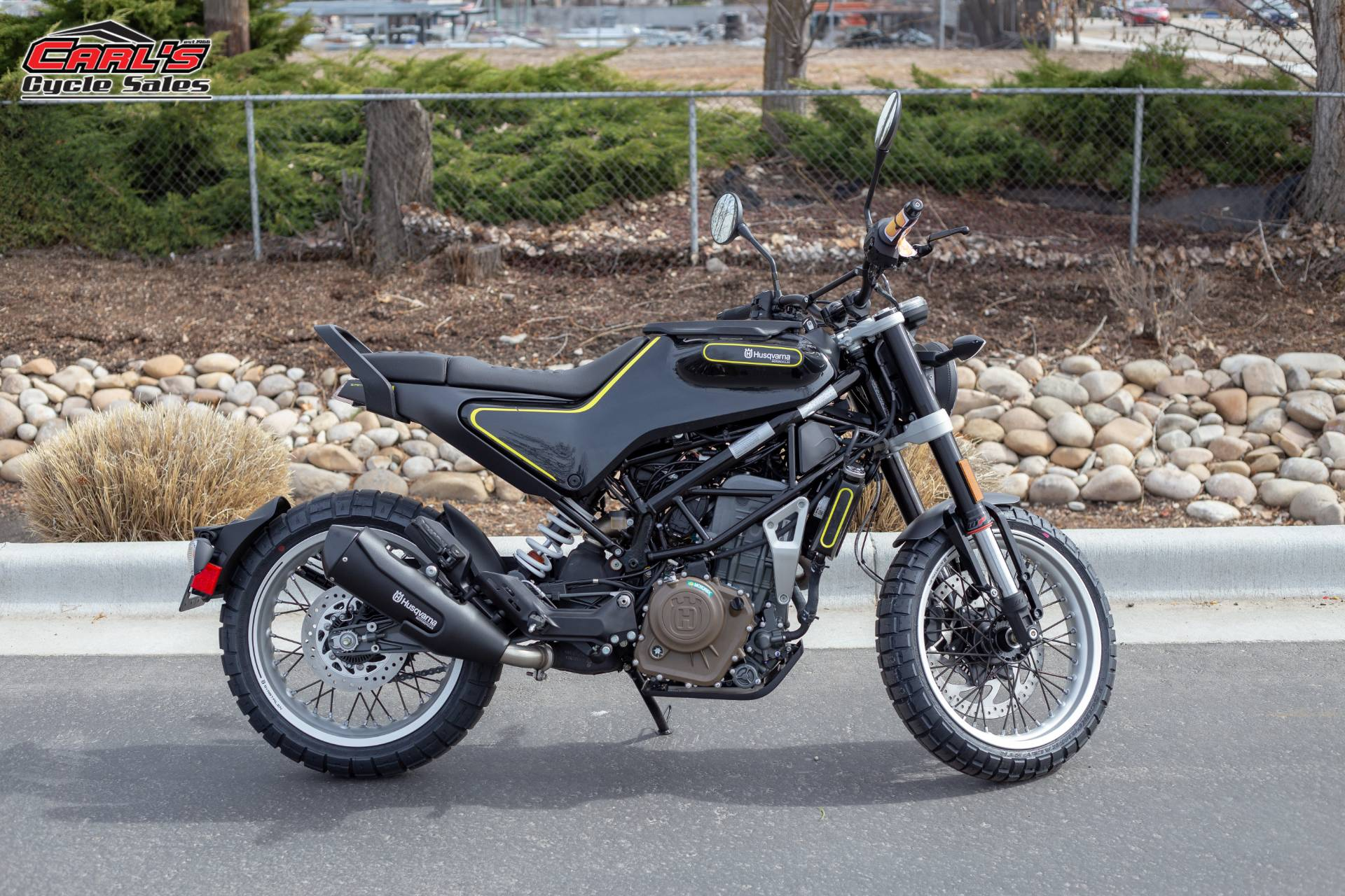 2019 Husqvarna Svartpilen 401 in Boise, Idaho - Photo 7