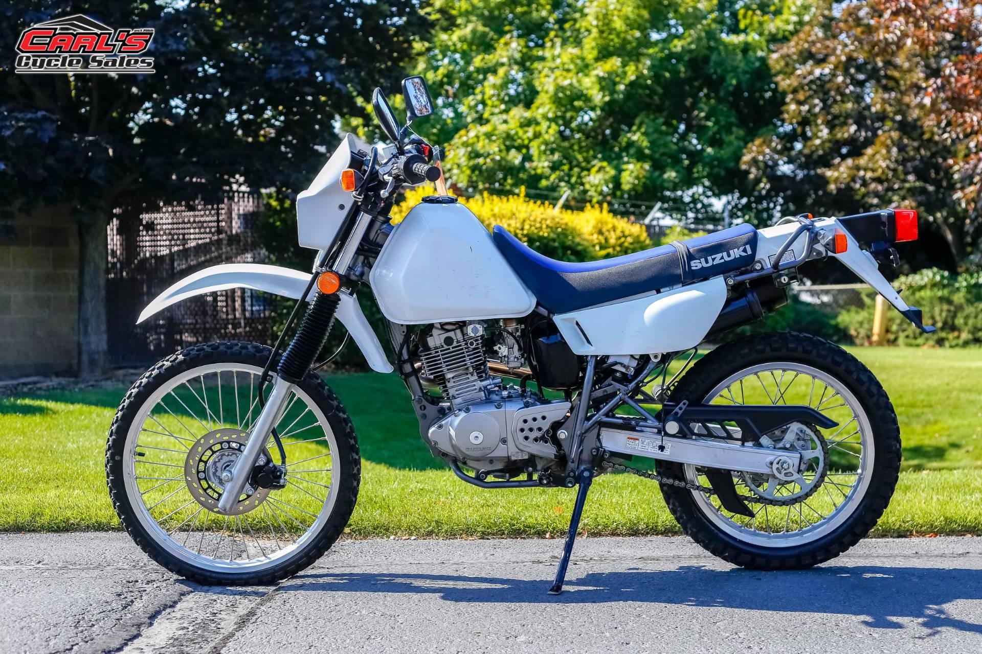 2001 DR200