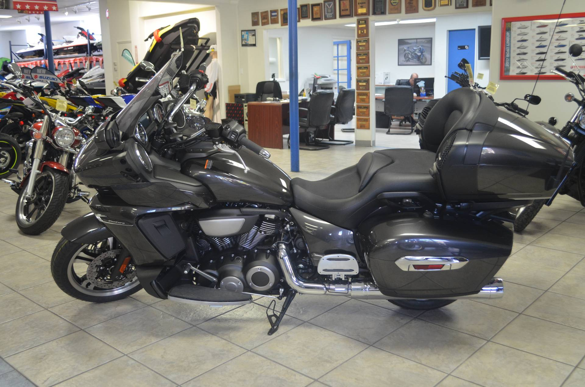 2018 Yamaha Star Venture with Transcontinental Option Package in Miami, Florida