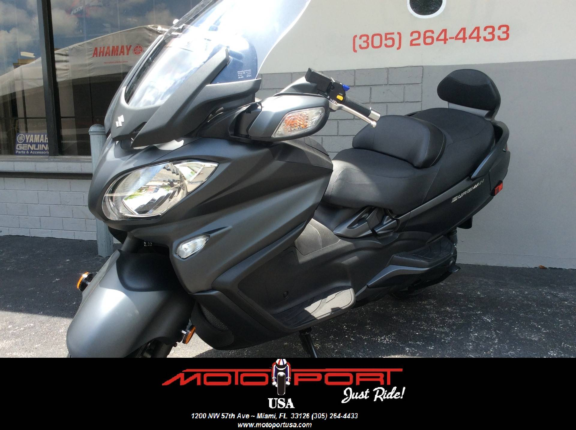2016 Suzuki Burgman 650 Executive ABS in Miami, Florida