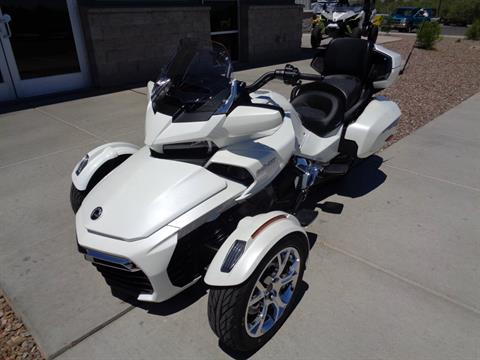 2019 Can-Am Spyder F3 Limited in Sierra Vista, Arizona - Photo 2