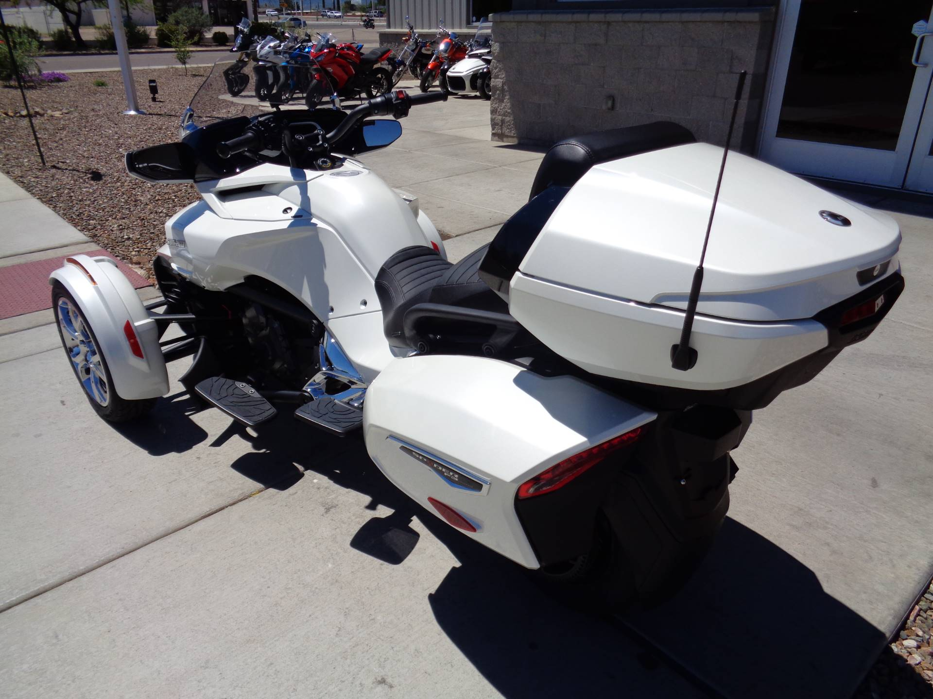 2019 Can-Am Spyder F3 Limited in Sierra Vista, Arizona - Photo 8