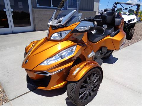 2014 Can-Am Spyder® RT-S SE6 in Sierra Vista, Arizona - Photo 2
