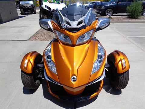 2014 Can-Am Spyder® RT-S SE6 in Sierra Vista, Arizona - Photo 3