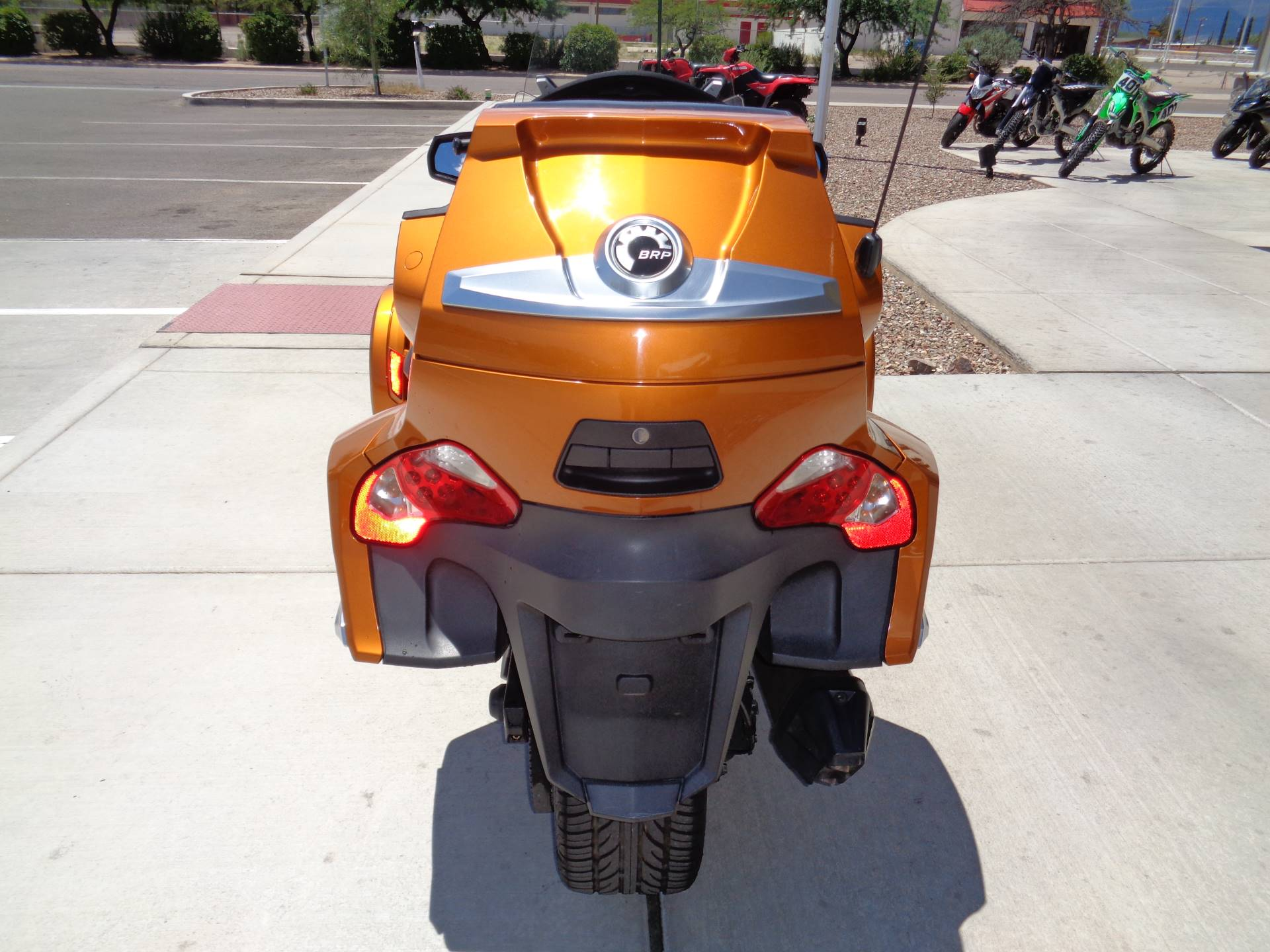 2014 Can-Am Spyder® RT-S SE6 in Sierra Vista, Arizona - Photo 7