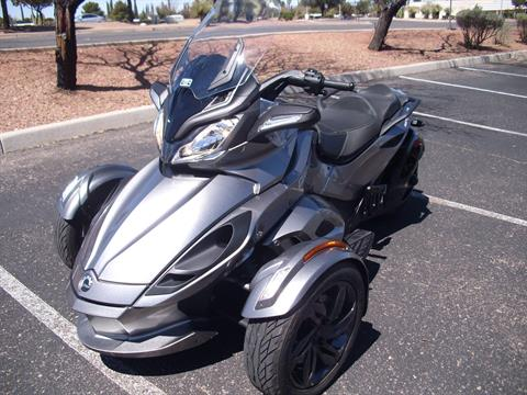2013 Can-Am Spyder® ST-S SE5 in Sierra Vista, Arizona