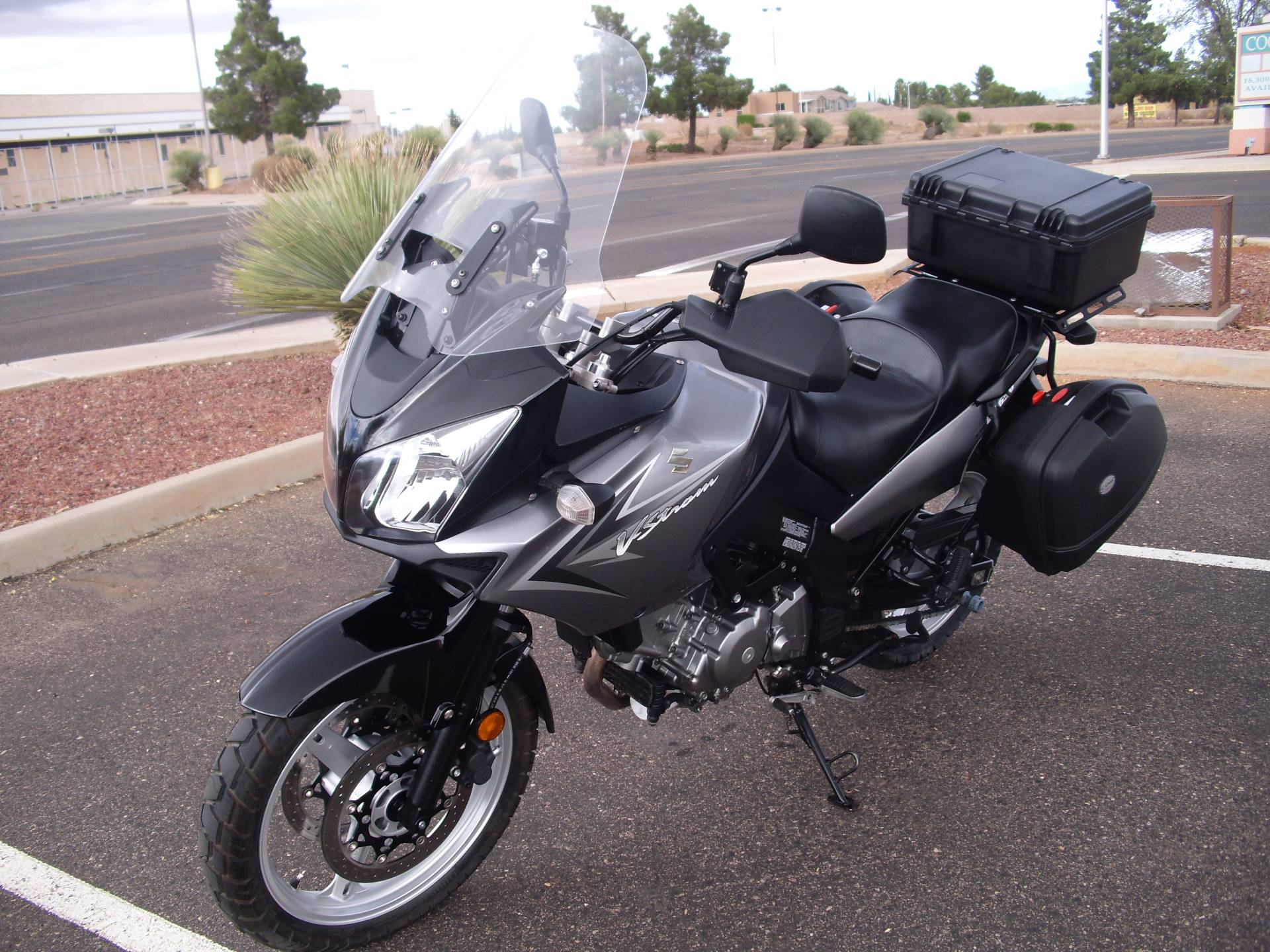 2009 Suzuki V-Strom 650 6