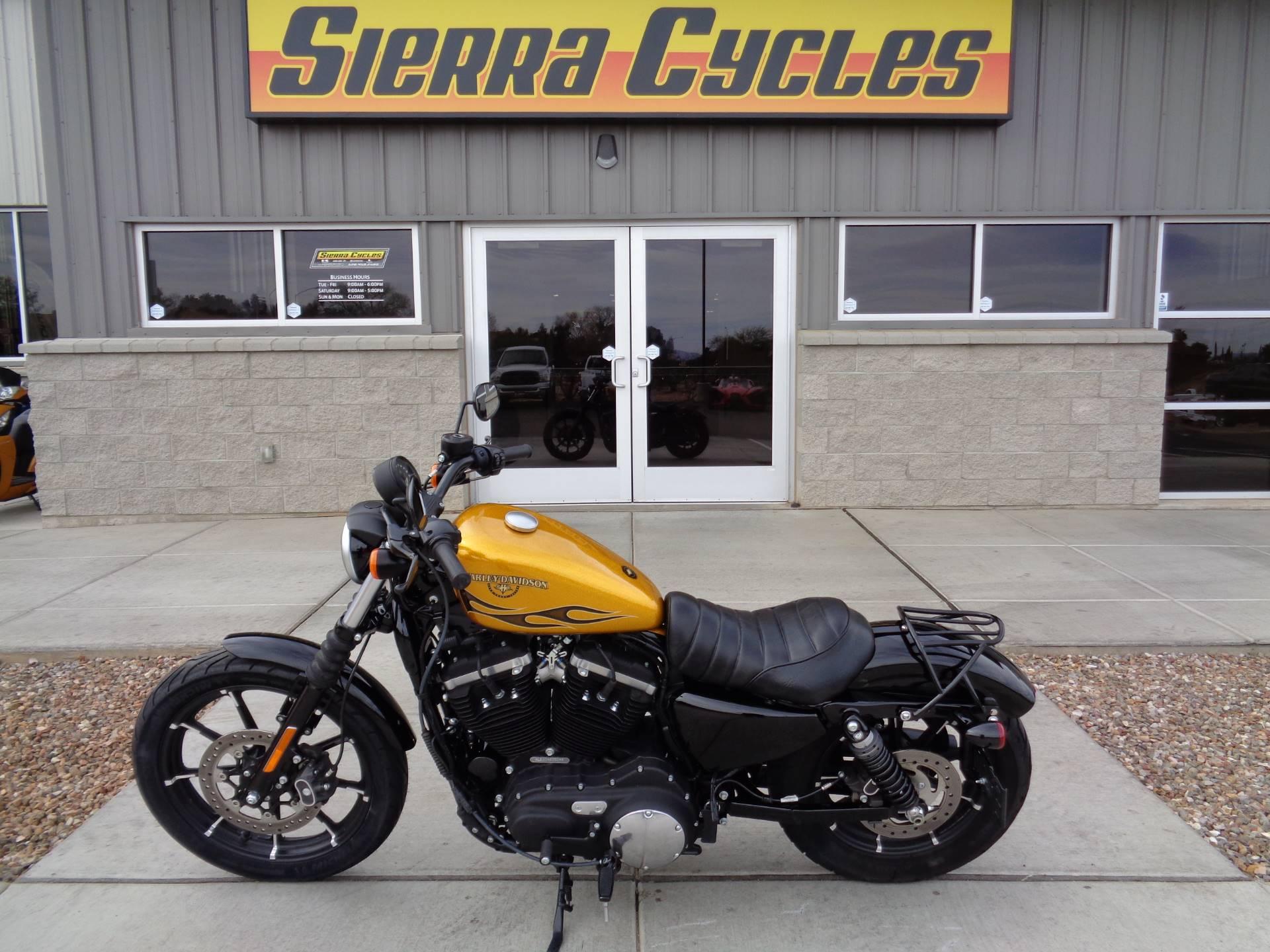2016 Harley-Davidson Iron 883 1