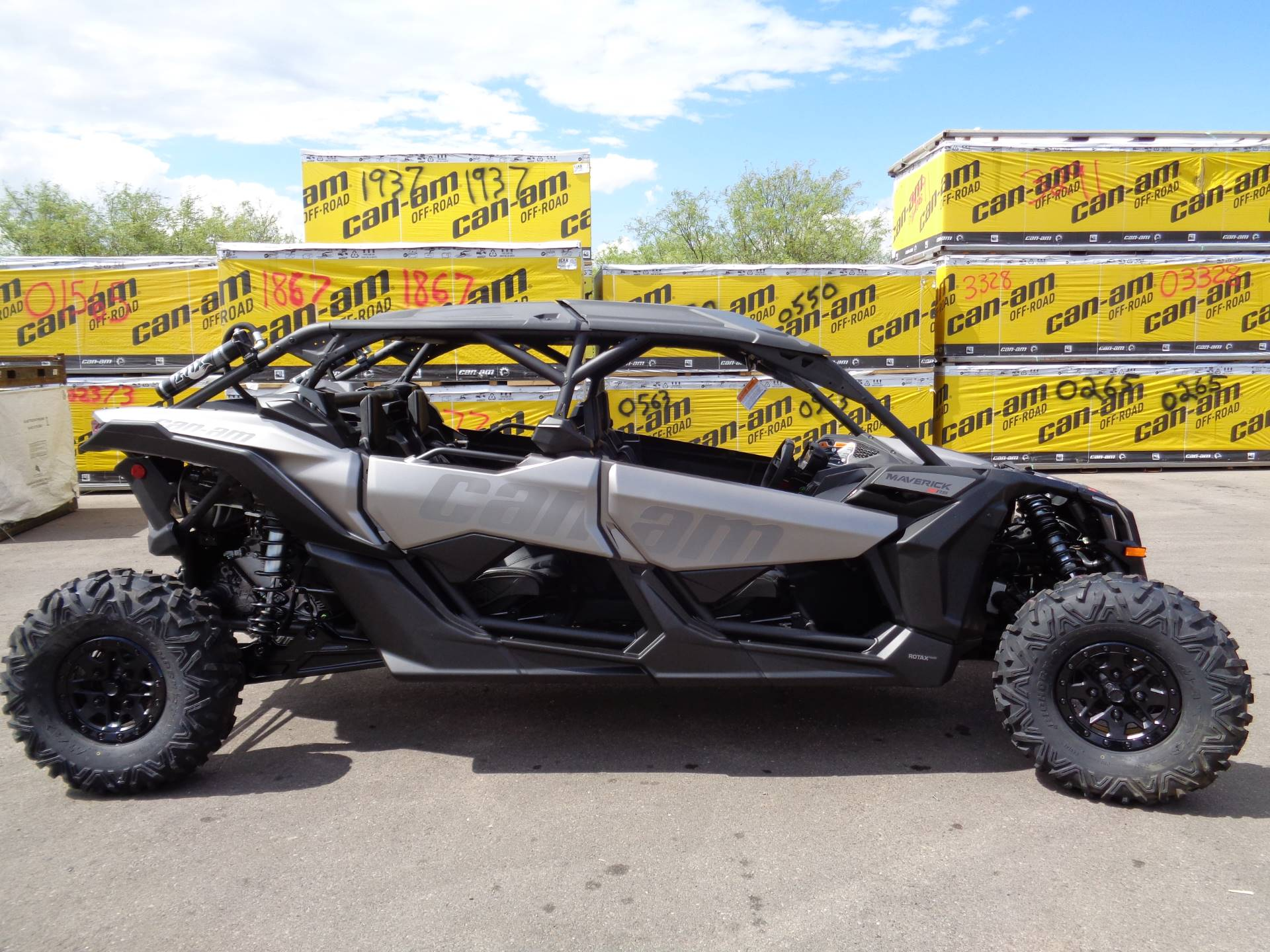 2019 Can-Am™ Maverick X3 Max X rs Turbo R 1