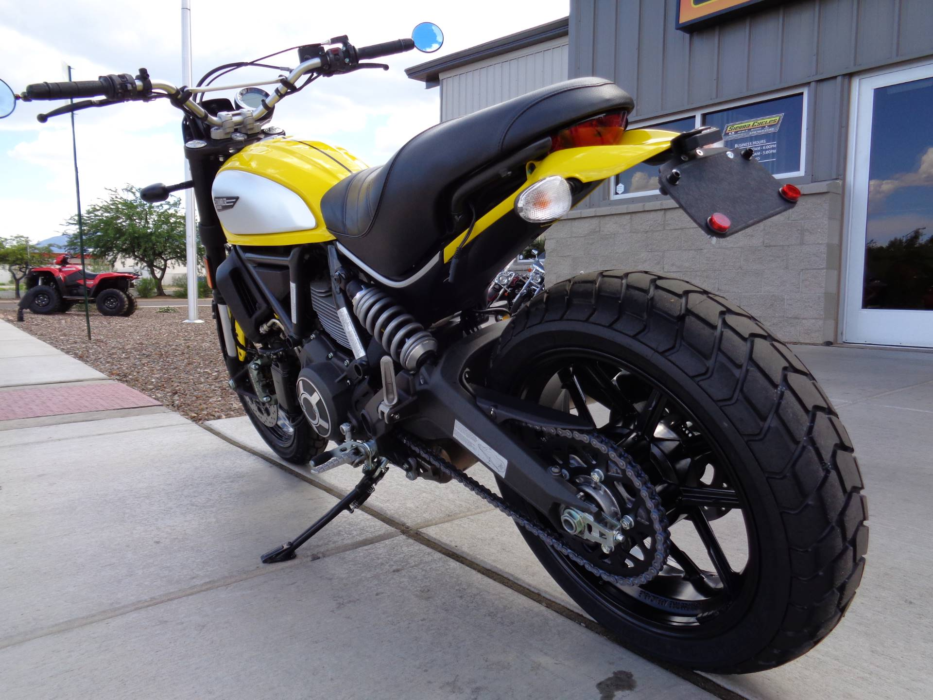 2015 Ducati Scrambler Icon in Sierra Vista, Arizona - Photo 8