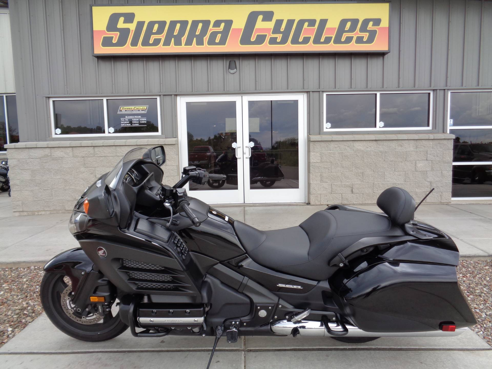 2013 Honda Gold Wing® F6B Deluxe in Sierra Vista, Arizona - Photo 1