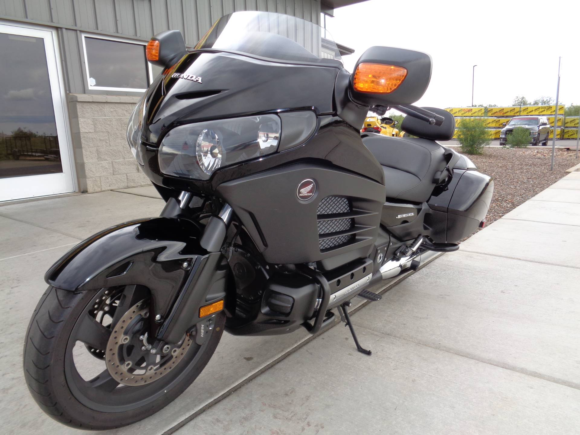 2013 Honda Gold Wing® F6B Deluxe in Sierra Vista, Arizona - Photo 2