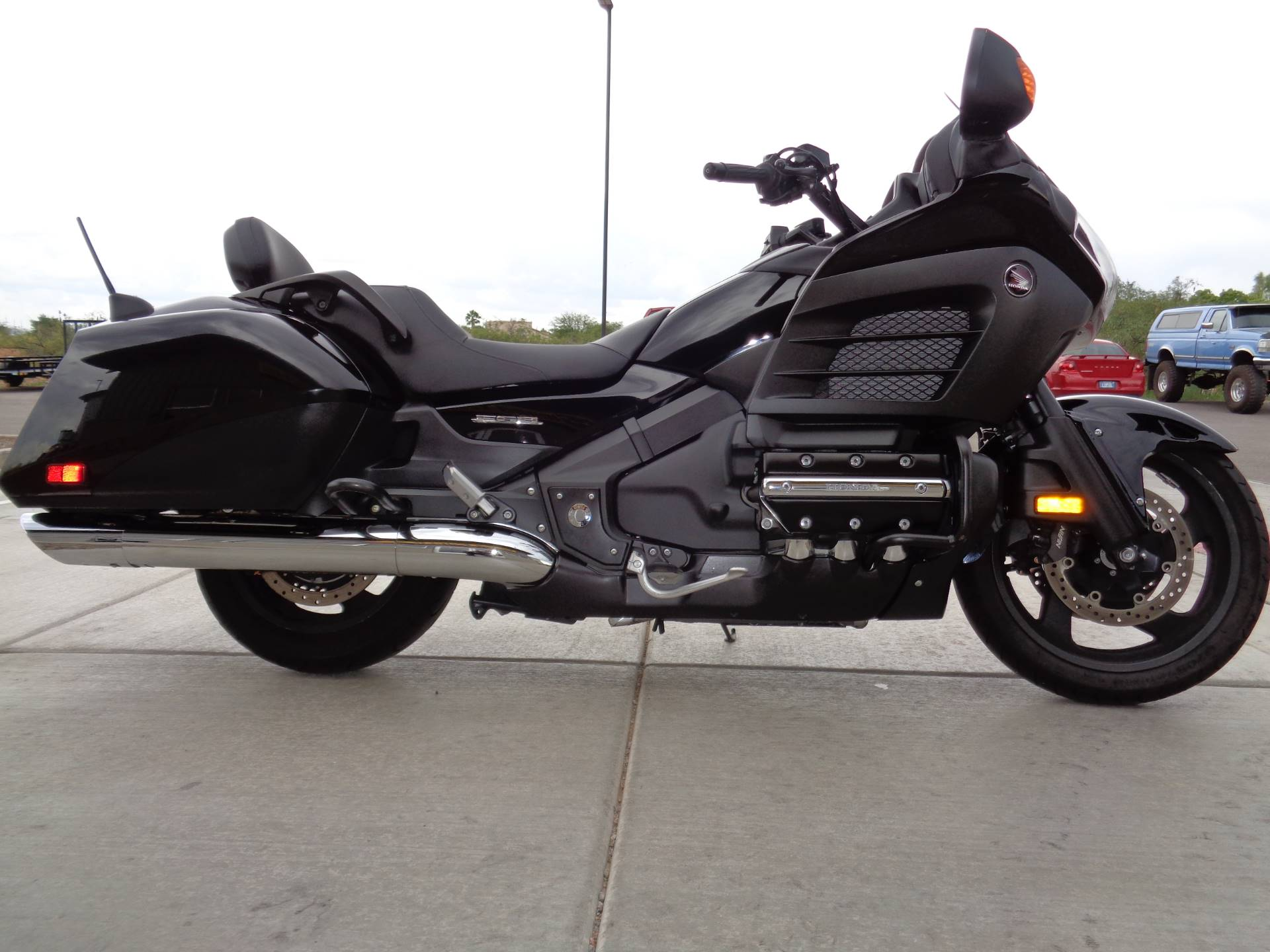 2013 Honda Gold Wing® F6B Deluxe in Sierra Vista, Arizona - Photo 5