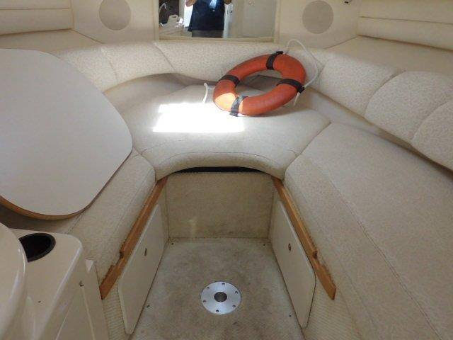 2001 Sea Ray 260 Sun Dancer in Oceanside, New York - Photo 8
