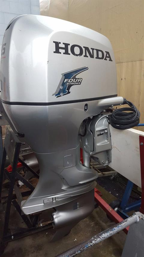 2012 Honda Marine BF225A1XA in Oceanside, New York