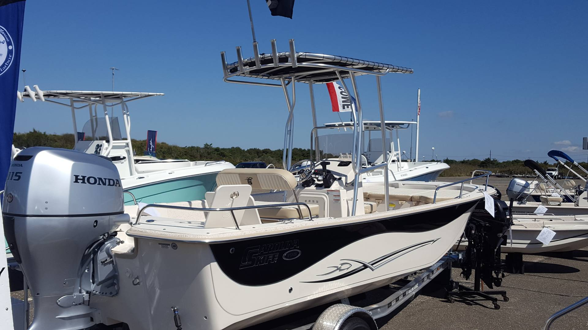 2018 Carolina Skiff 198 DLV CC in Oceanside, New York
