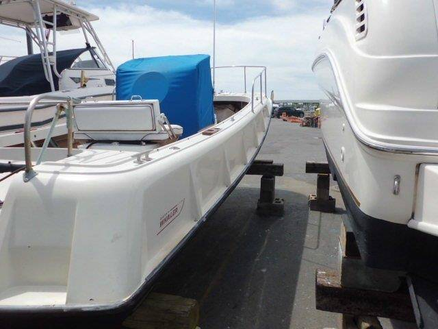 1972 Boston Whaler 21 Outrage in Oceanside, New York - Photo 8
