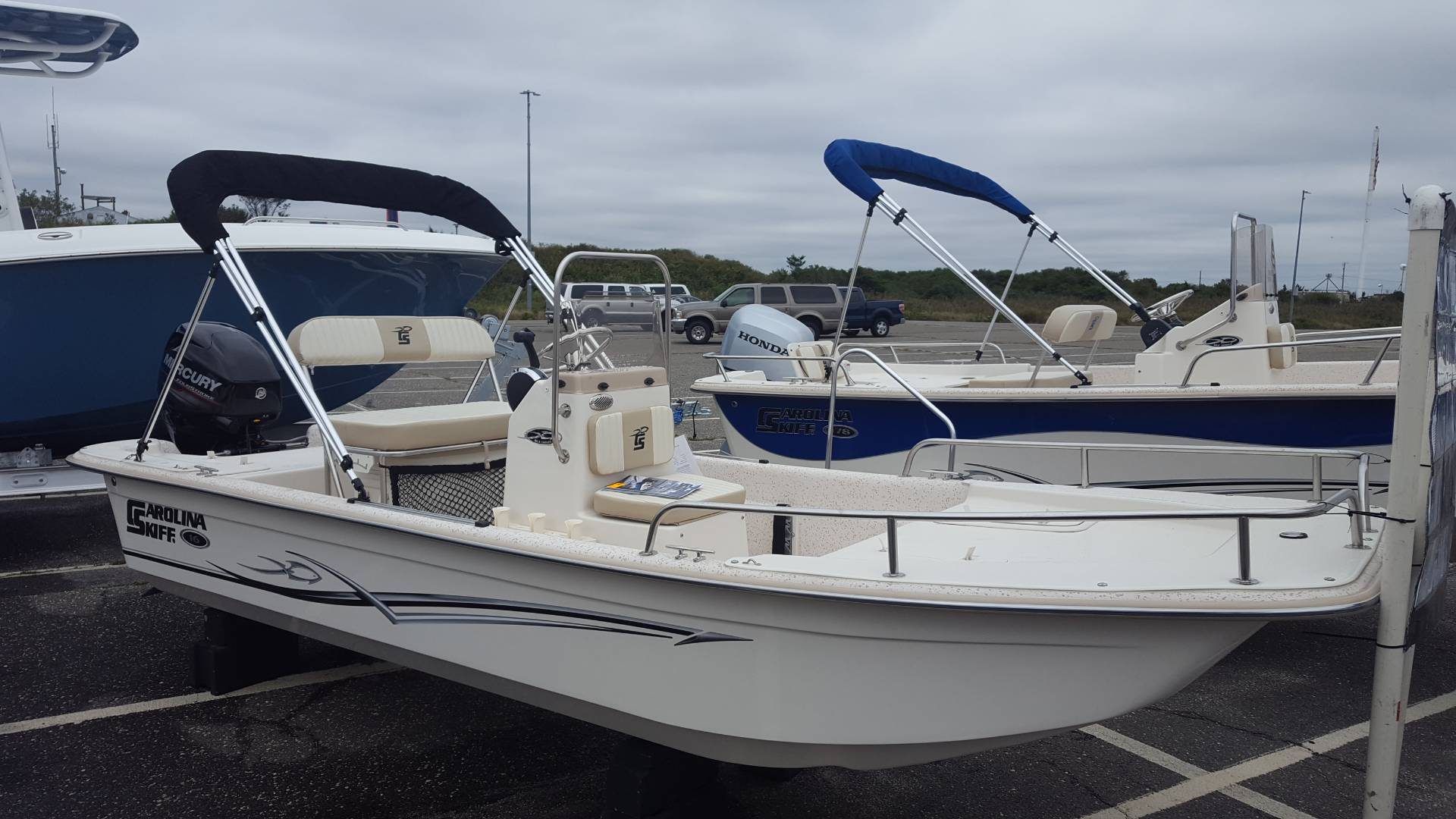 2018 Carolina Skiff 1655 DLX CC in Oceanside, New York - Photo 2