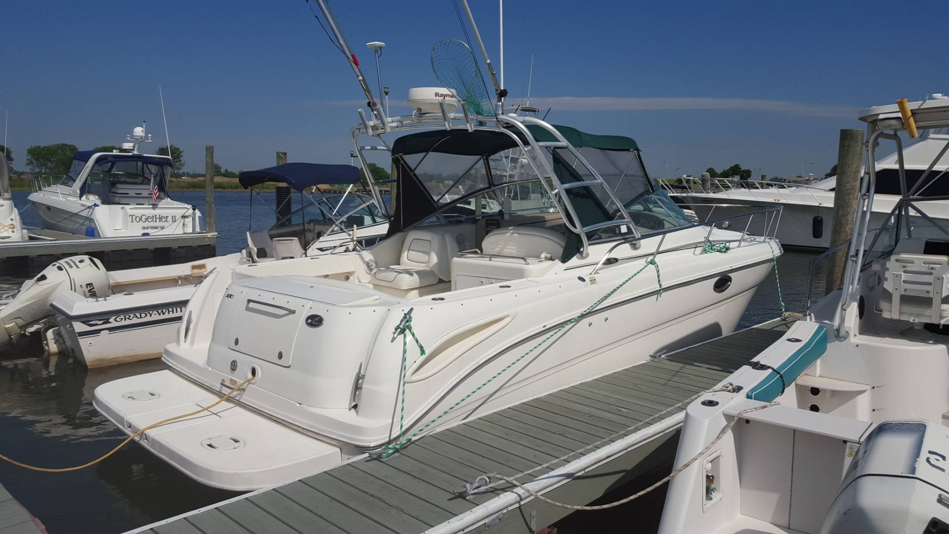 2001 Sea Ray Amberjack in Oceanside, New York