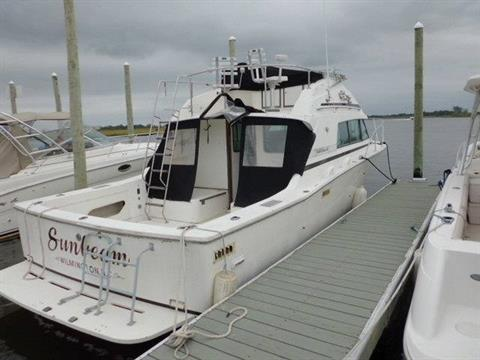 1989 Bertram Flybridge in Oceanside, New York - Photo 3