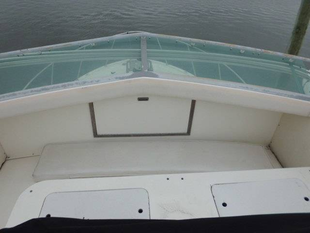 1989 Bertram Flybridge in Oceanside, New York - Photo 11