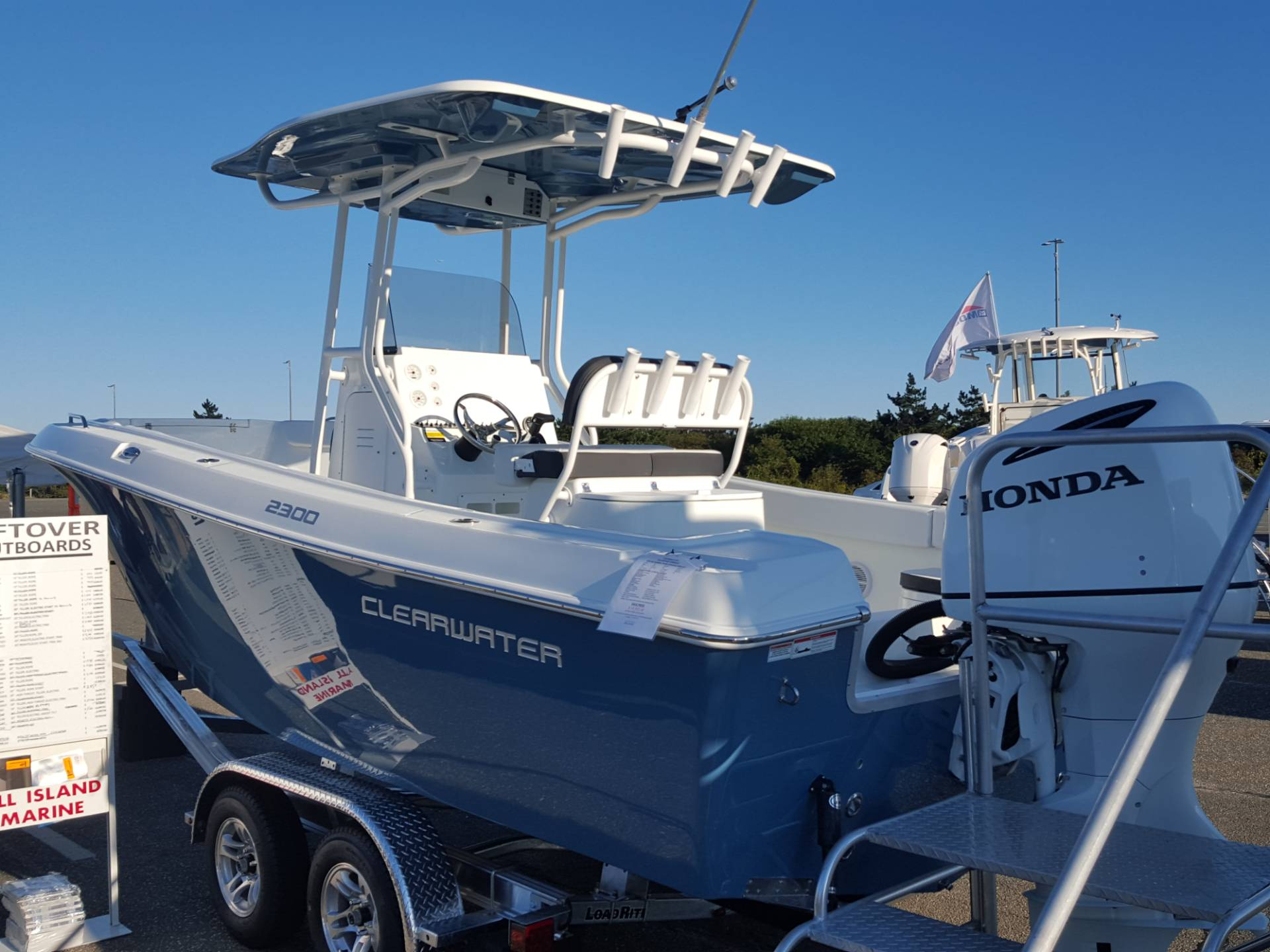 2018 Clearwater 2300 CC in Oceanside, New York