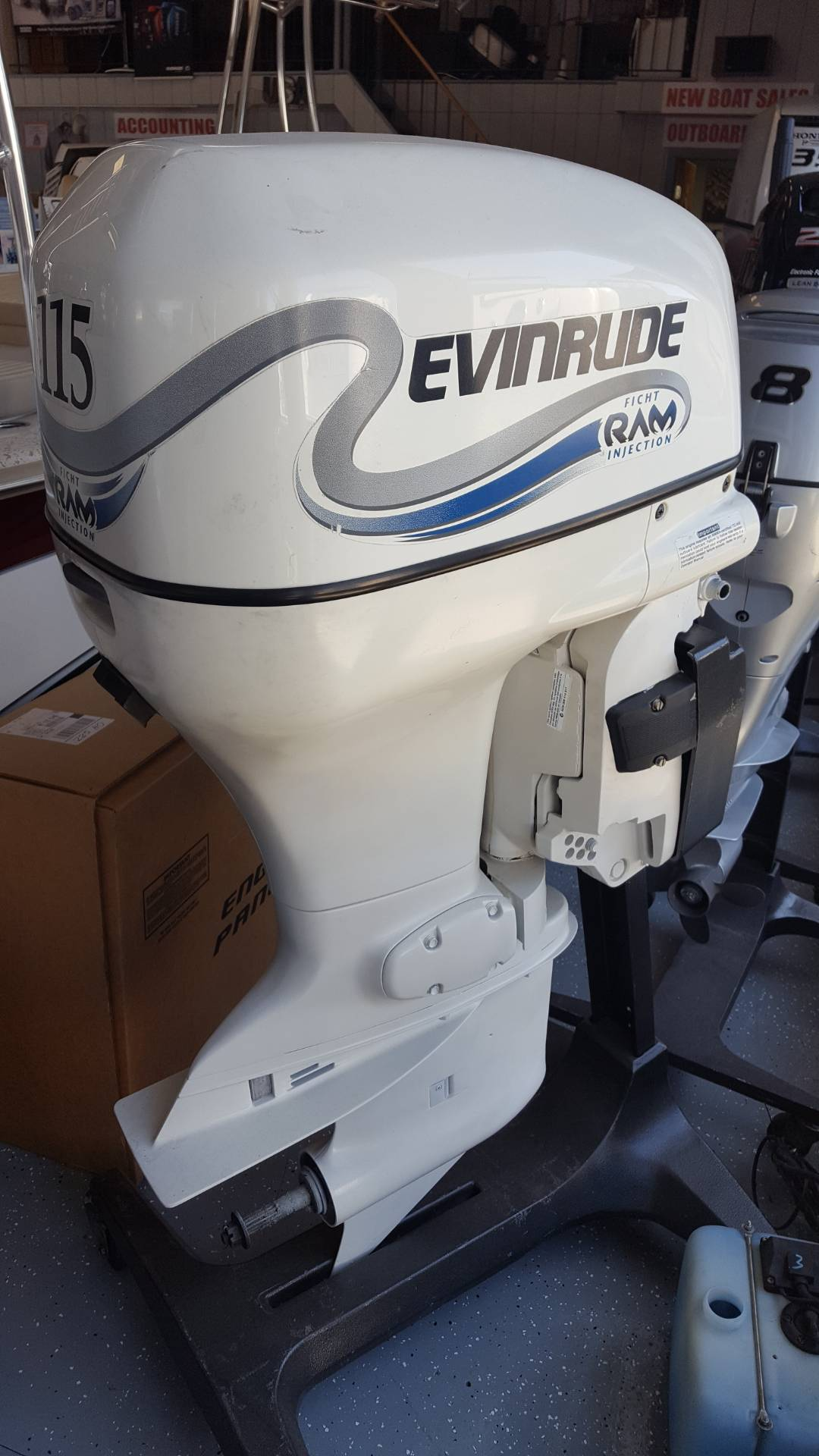 2000 Evinrude E115FSLSS in Oceanside, New York - Photo 3