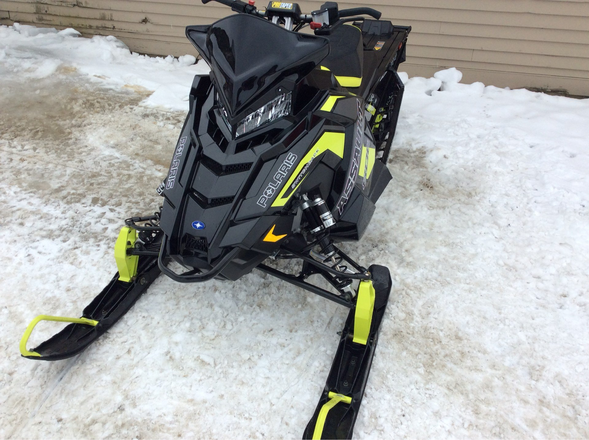 2019 Polaris 800 Switchback Assault 144 SnowCheck Select in Saint Johnsbury, Vermont - Photo 2