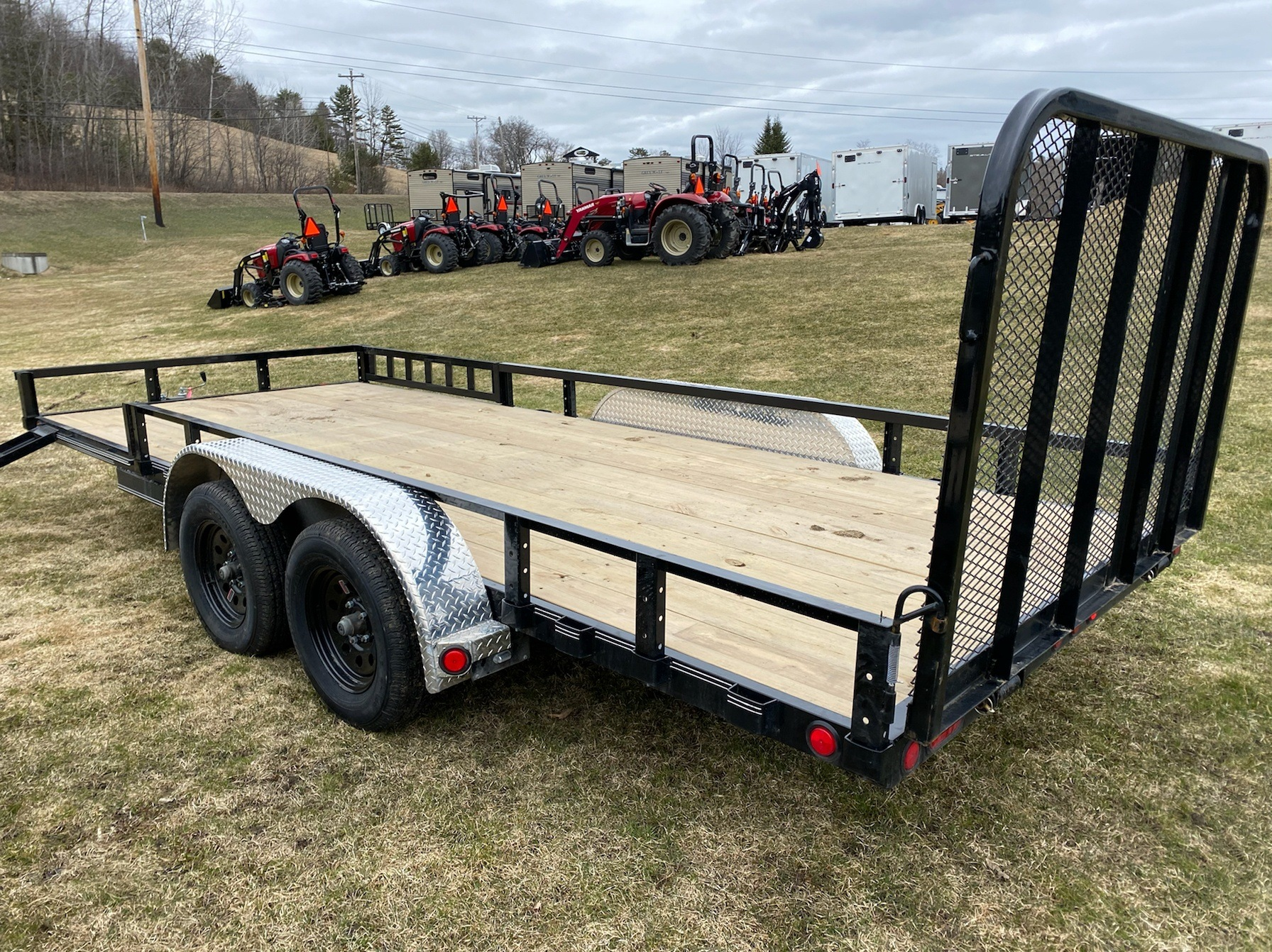 "2020 PJ Trailers PJ 18'X83"" Tandum Axle Utility Trailer in Saint Johnsbury, Vermont - Photo 4"