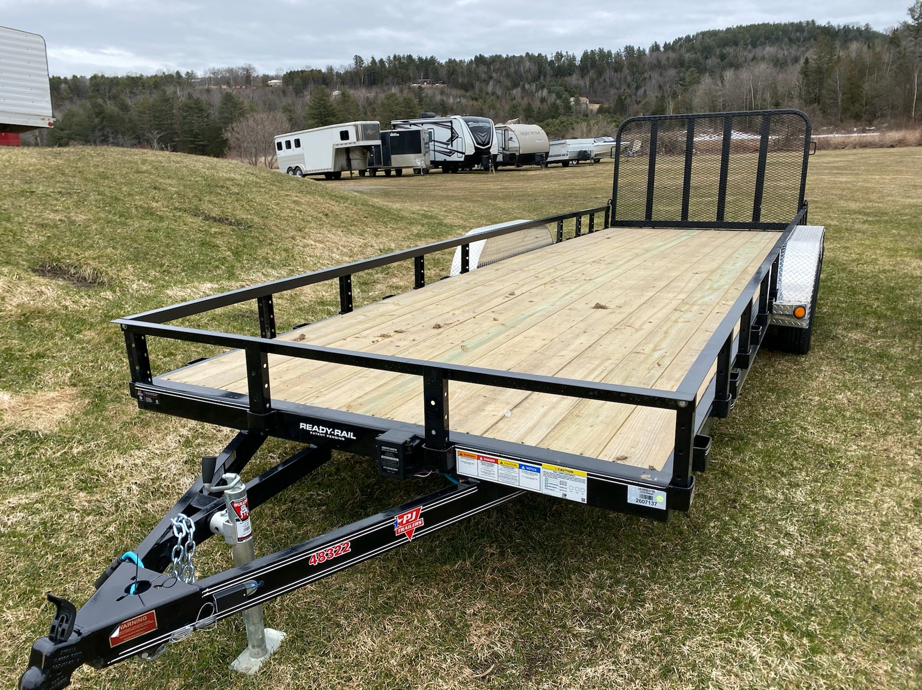 "2020 PJ Trailers PJ 22'X83"" Tandum Axle Channel Utility in Saint Johnsbury, Vermont - Photo 1"