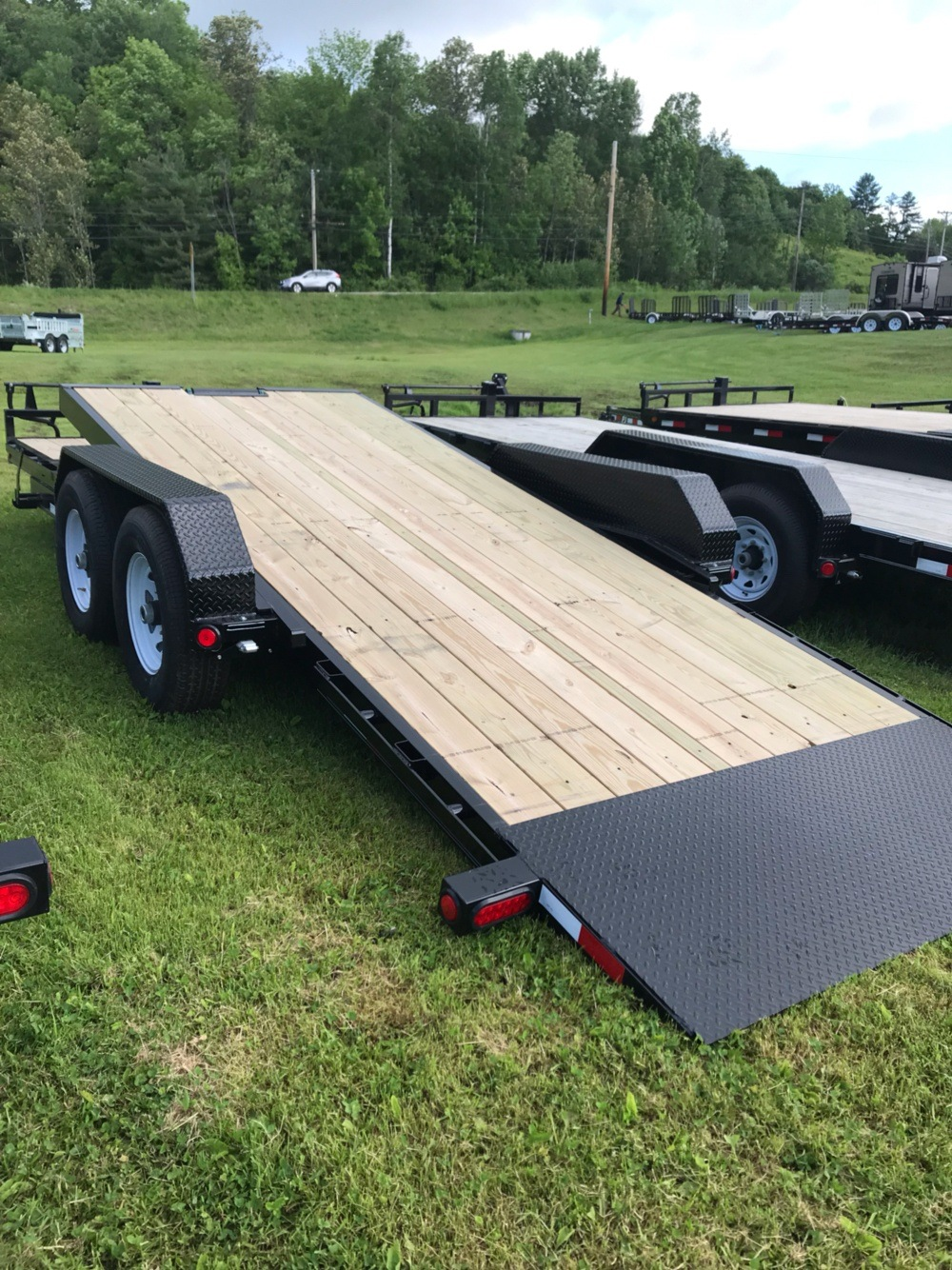 "2020 PJ Trailers PJ 20'X6"" 14K Tilt Deck Equip Trailer in Saint Johnsbury, Vermont - Photo 6"