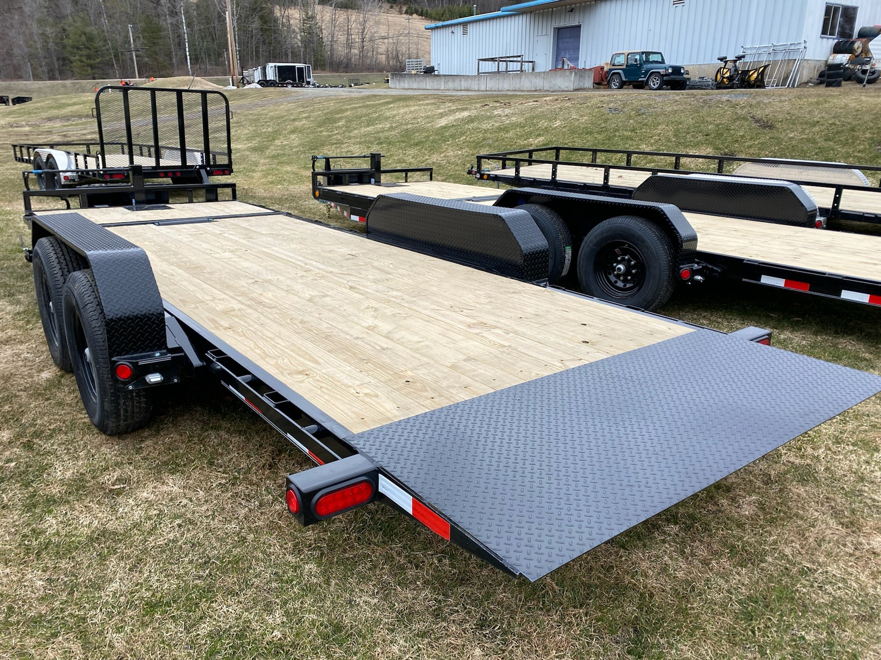 "2020 PJ Trailers PJ 20'X6"" Channel Equipment Tilt 14K in Saint Johnsbury, Vermont - Photo 4"