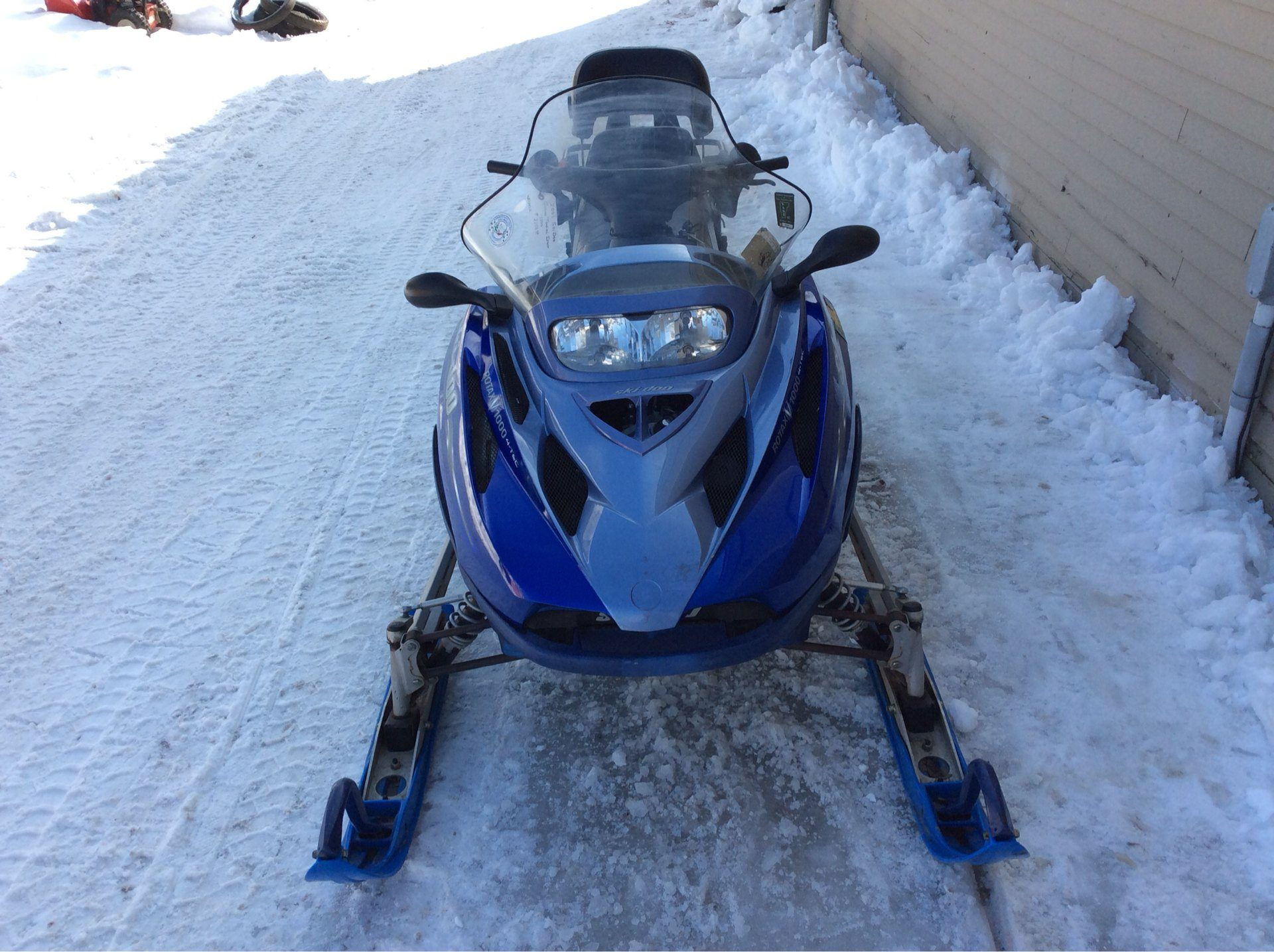 2003 Ski-Doo Grand Touring Sport V-1000 in Saint Johnsbury, Vermont