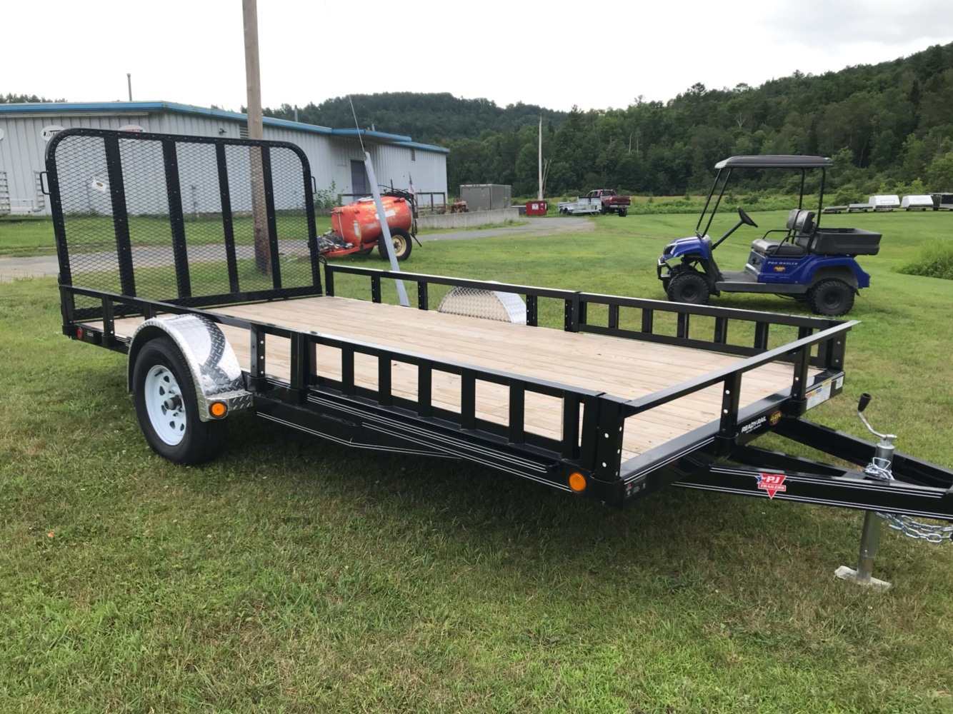 "2019 PJ Trailers PJ 14'X83"" Utility Trailer in Saint Johnsbury, Vermont - Photo 1"
