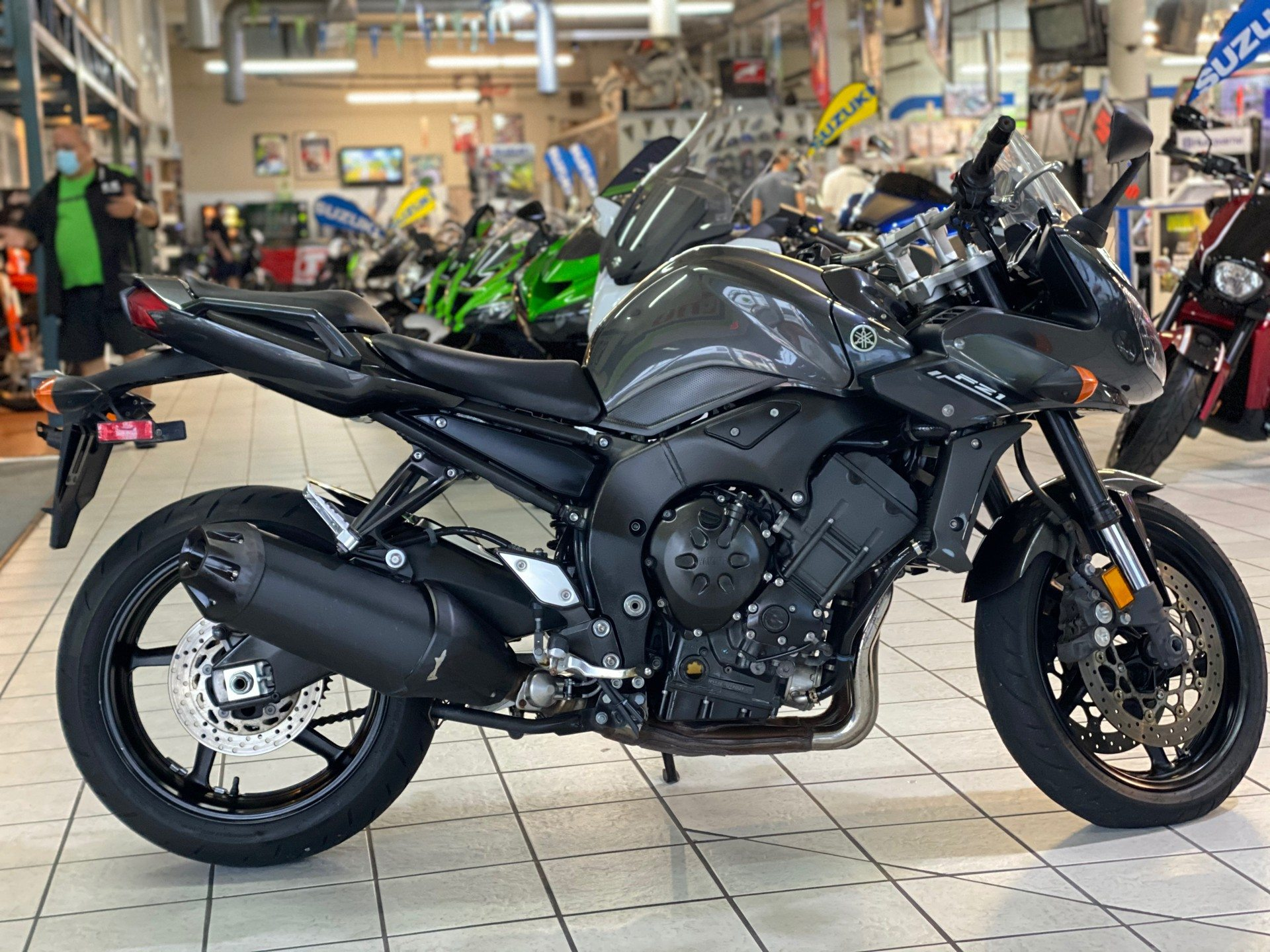 2015 Yamaha FZ1 in Hialeah, Florida - Photo 1