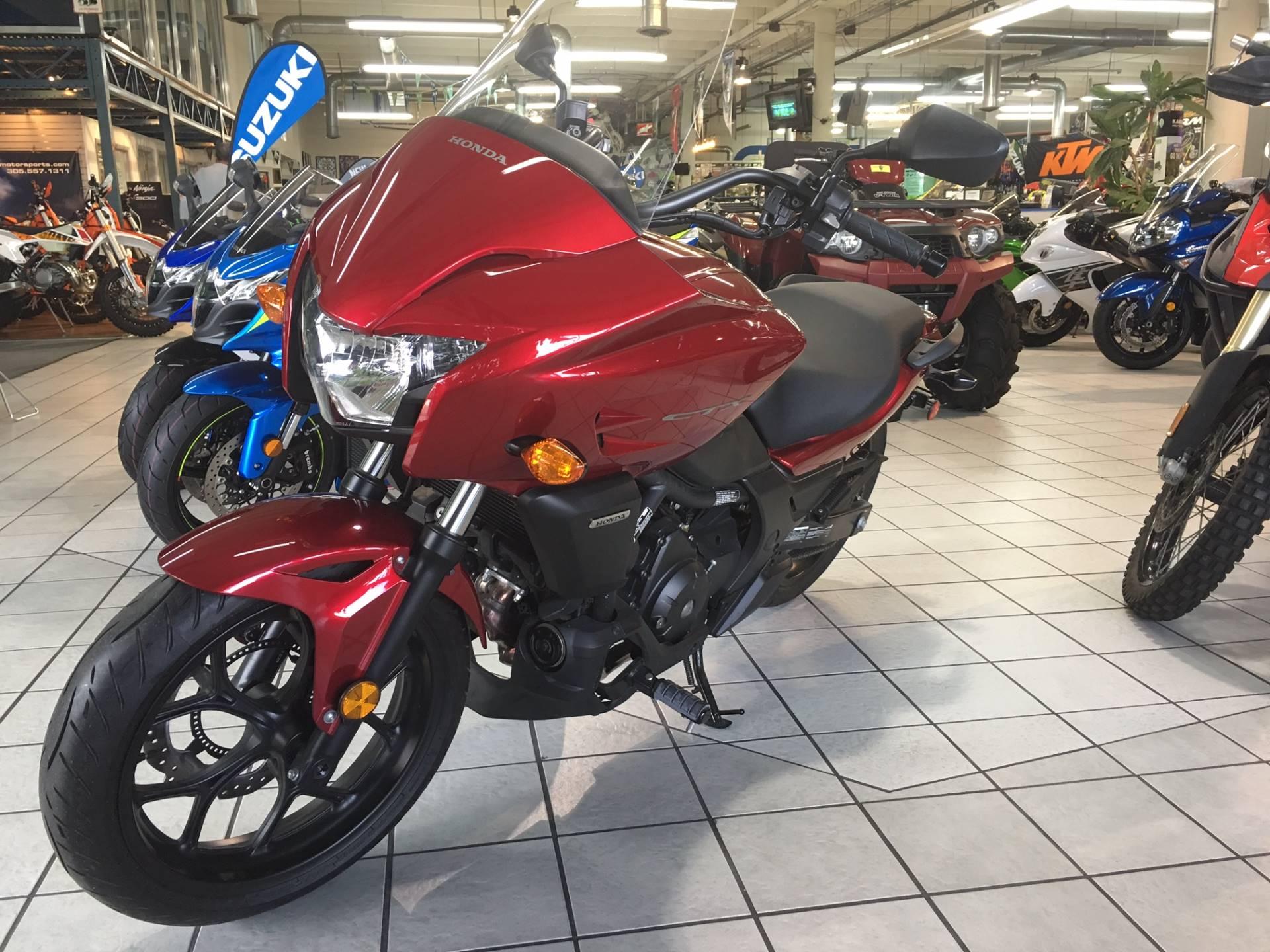 2014 Honda CTX®700 in Hialeah, Florida